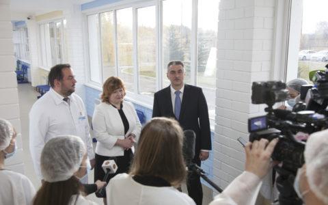В Республиканской клинической инфекционной больнице имени профессора А.Ф.Агафонова после капитального ремонта состоялось открытие обновленного поликлинического, приемного и боксированных отделений.