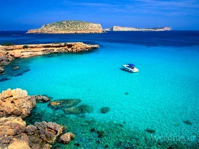 Остров Ибица оказался источником устойчивой к лечению гонореи