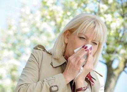Медики рассказали, как обезопасить себя от весенней простуды